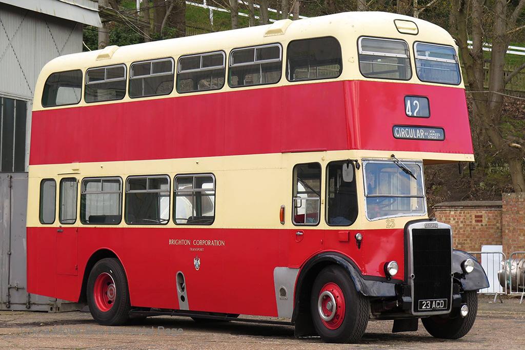 Brighton Corporation嘅Weymann車身Leyland Titan PD2