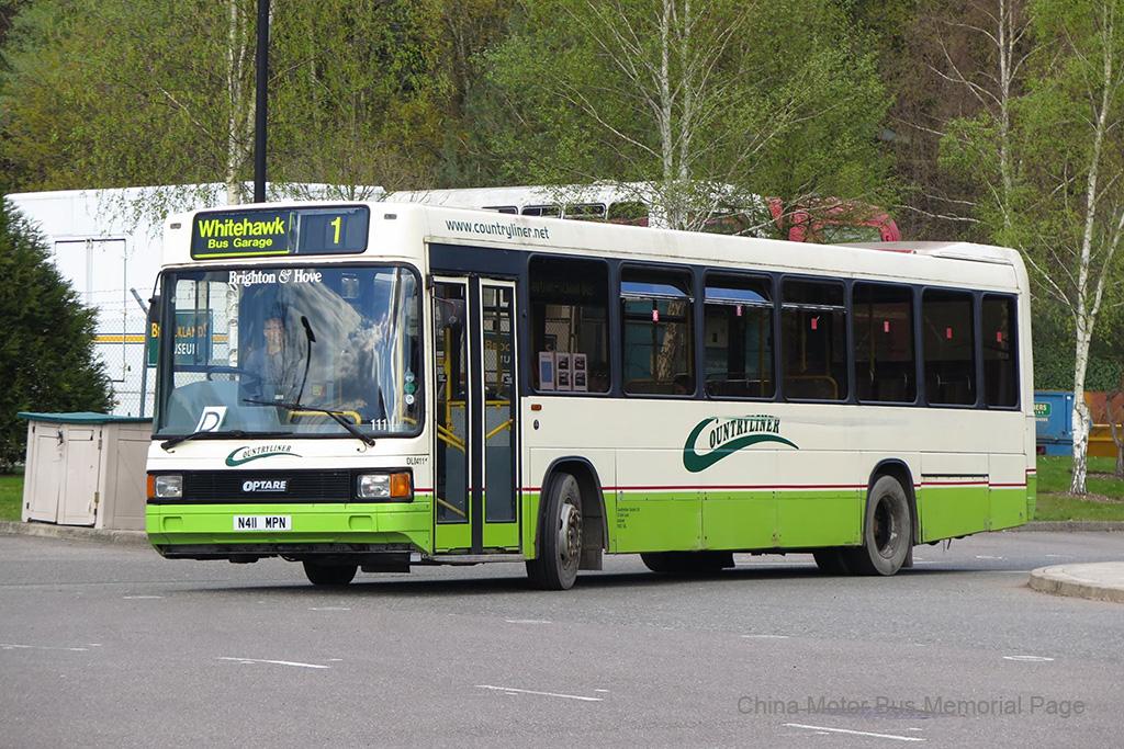 一見到重以為係Optare同DAF合作嘅產物,點知原來係Optare Sigma車身嘅11.5米Lance,呢個組合得54部 而Optare車身嘅Dennis (唔計ADL) 係非常罕有,除咗Lance之外就只有South Yorkshire嘅14部Domino (將Dominator縮到中型巴士咁細),同時係Optare首批車身