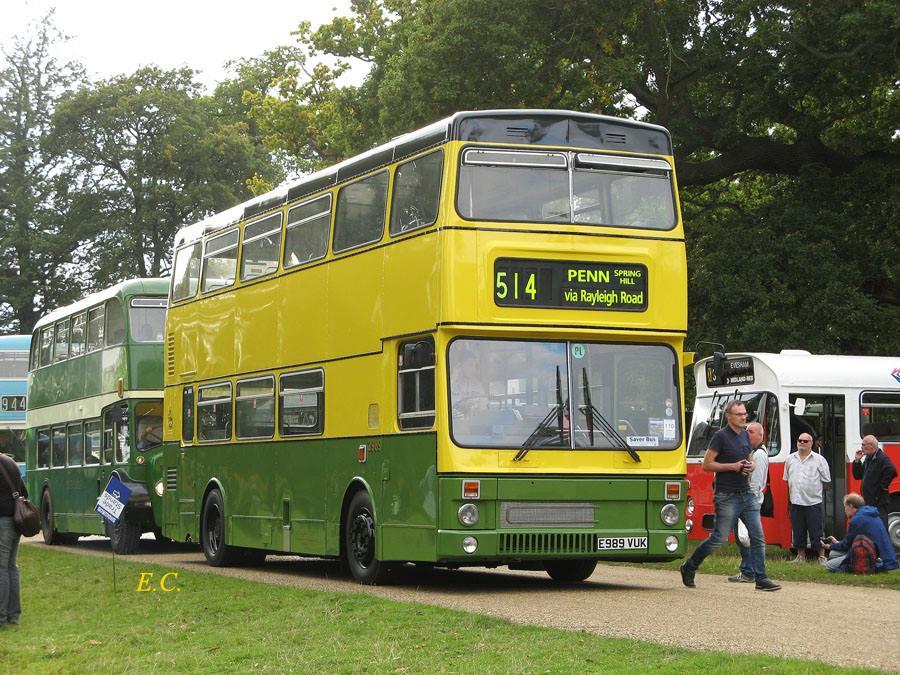 另一部被保留的前 TWM 都巴﹐ 仍然留有 Wolverhampton 復古色彩。