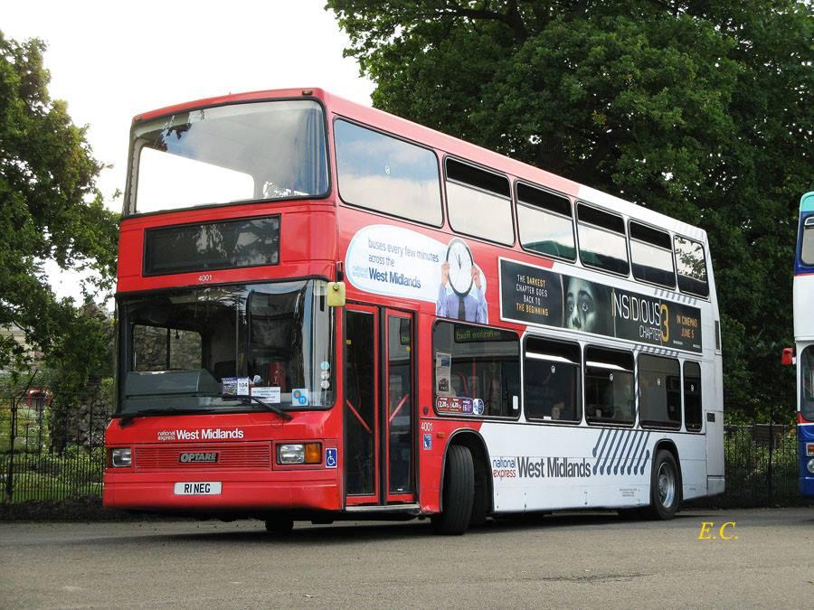 踏入低地台巴士也進博物館的年代﹐ 這部前 National Express West Midland 的 Optare Spectra ﹐ 現在成為 Wythall Transport Museum 館藏的一員。