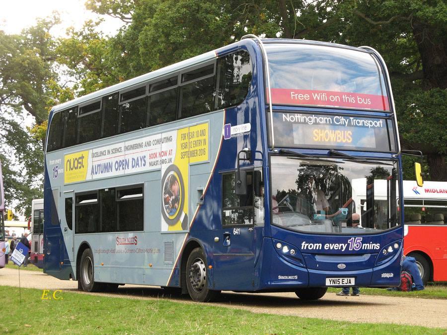 Nottingham City Transport 的 Enviro400 車身 Scania N230UD ﹐ 1 號線 Route Branding。