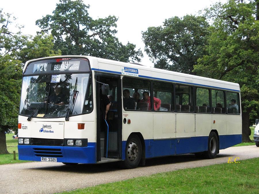 前 Ulsterbus 的利蘭 Tiger 配亞歷山大 Q-type 車身﹐ 曾經是北愛特有車種﹐ 現有識貨之人保留。