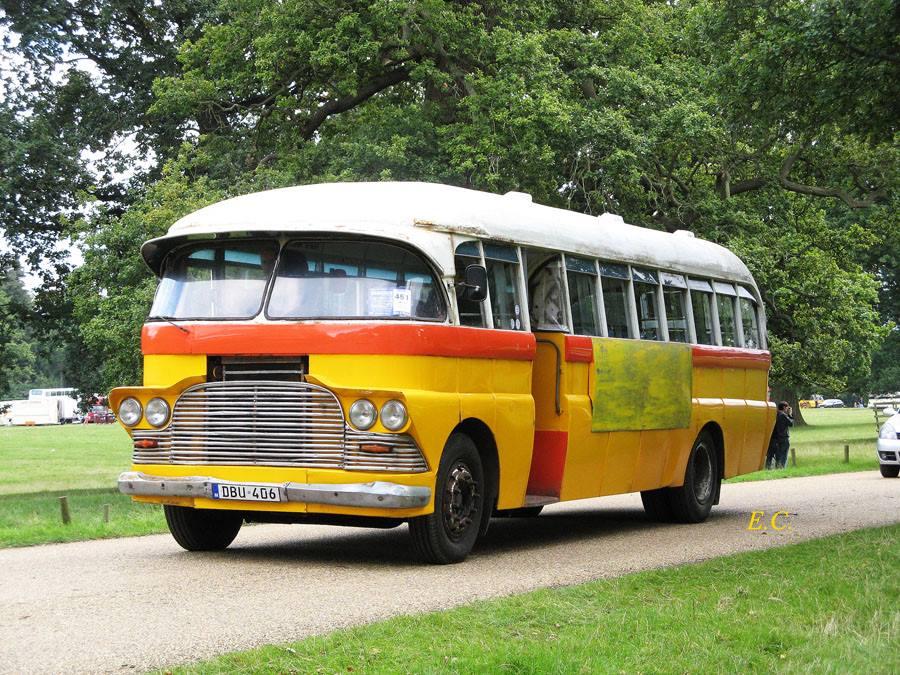 連馬耳他巴士也有兩部﹐ 第二部是 AEC 配 Barbara 車身﹐ 還掛著馬耳他車牌。